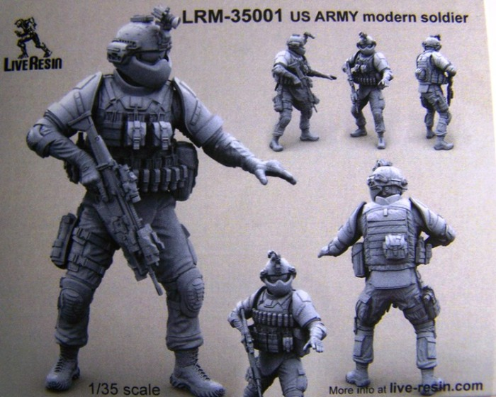 LRM-35001 US Army Modern Soldier box front